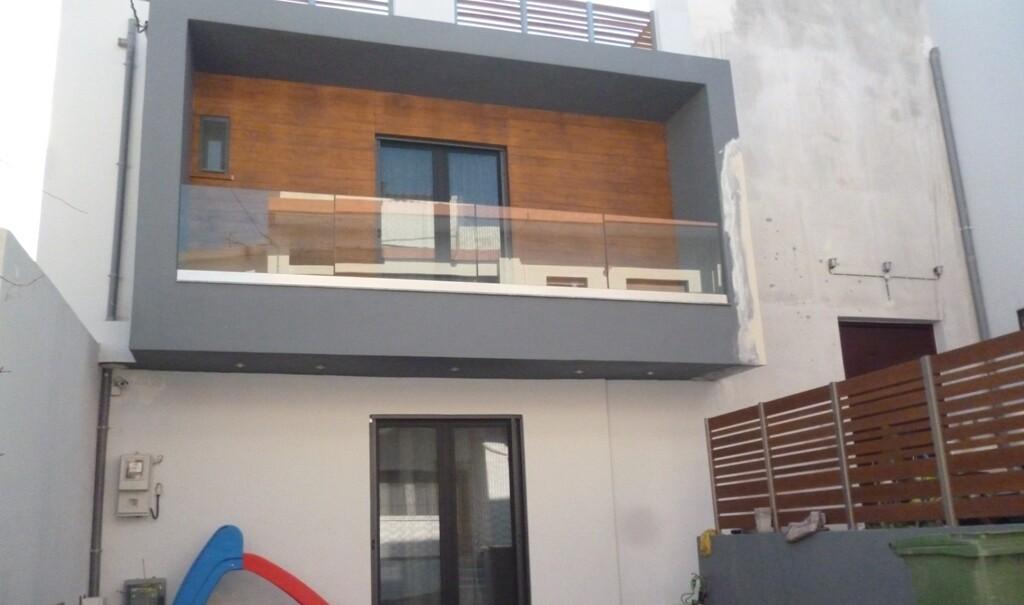 Διώροφη Κατοικία στα Καλέσα, Ηράκλειο Κρήτης